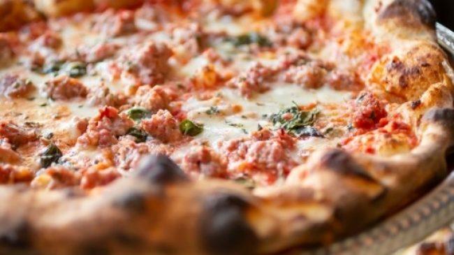 Pizza by Certé